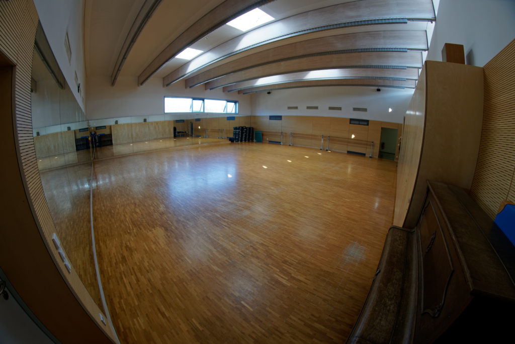 Tanzsaal West-Ost